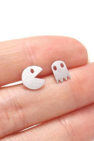 PacMan Earrings, Game Studs, Cartoon